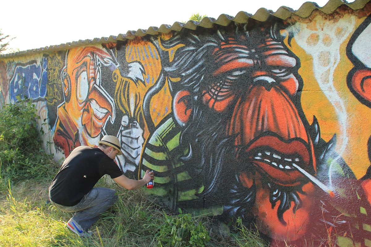 Maroh---Monkey-smokey-2010